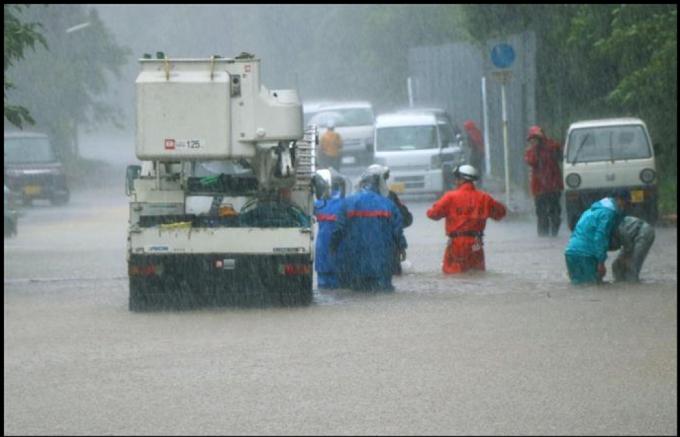 九州北部豪雨と奄美大島の水害の違いを比べてみた。_a0096313_11221332.png