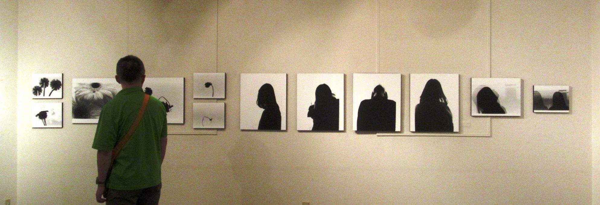 2569)②「『moment』 篠原 奈那子(藤女子大学4年)写真展」 アートスペース201 8月3日(木)~8月7日(火)_f0126829_11113610.jpg