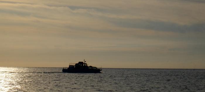 「ローソク島へ行ってきた!撮影スポットまで解説付き遊覧船で」_a0000029_10125218.jpg