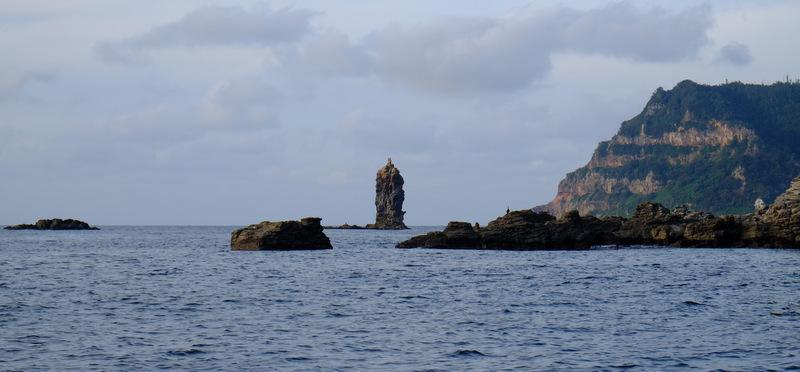 「ローソク島へ行ってきた!撮影スポットまで解説付き遊覧船で」_a0000029_1013789.jpg