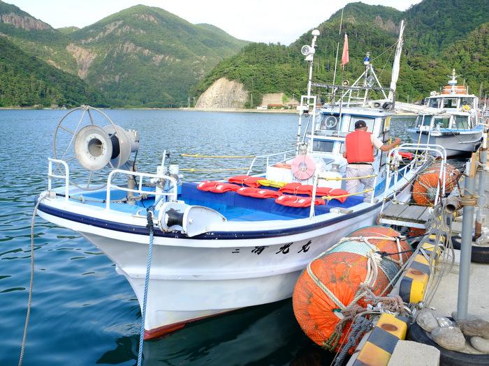 「ローソク島へ行ってきた!撮影スポットまで解説付き遊覧船で」_a0000029_1041271.jpg