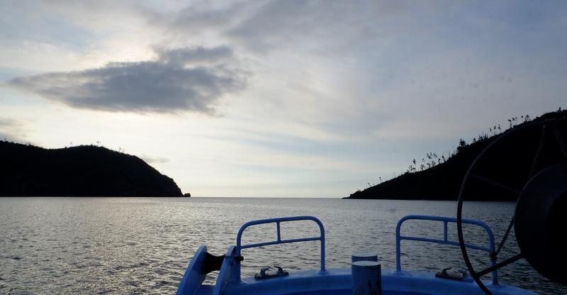 「ローソク島へ行ってきた!撮影スポットまで解説付き遊覧船で」_a0000029_1043445.jpg