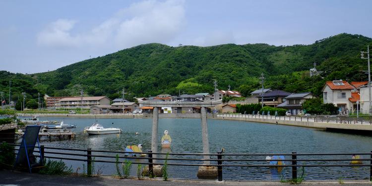 「ここは日本!?? 西ノ島の摩天崖へ行ってきました」_a0000029_1672481.jpg