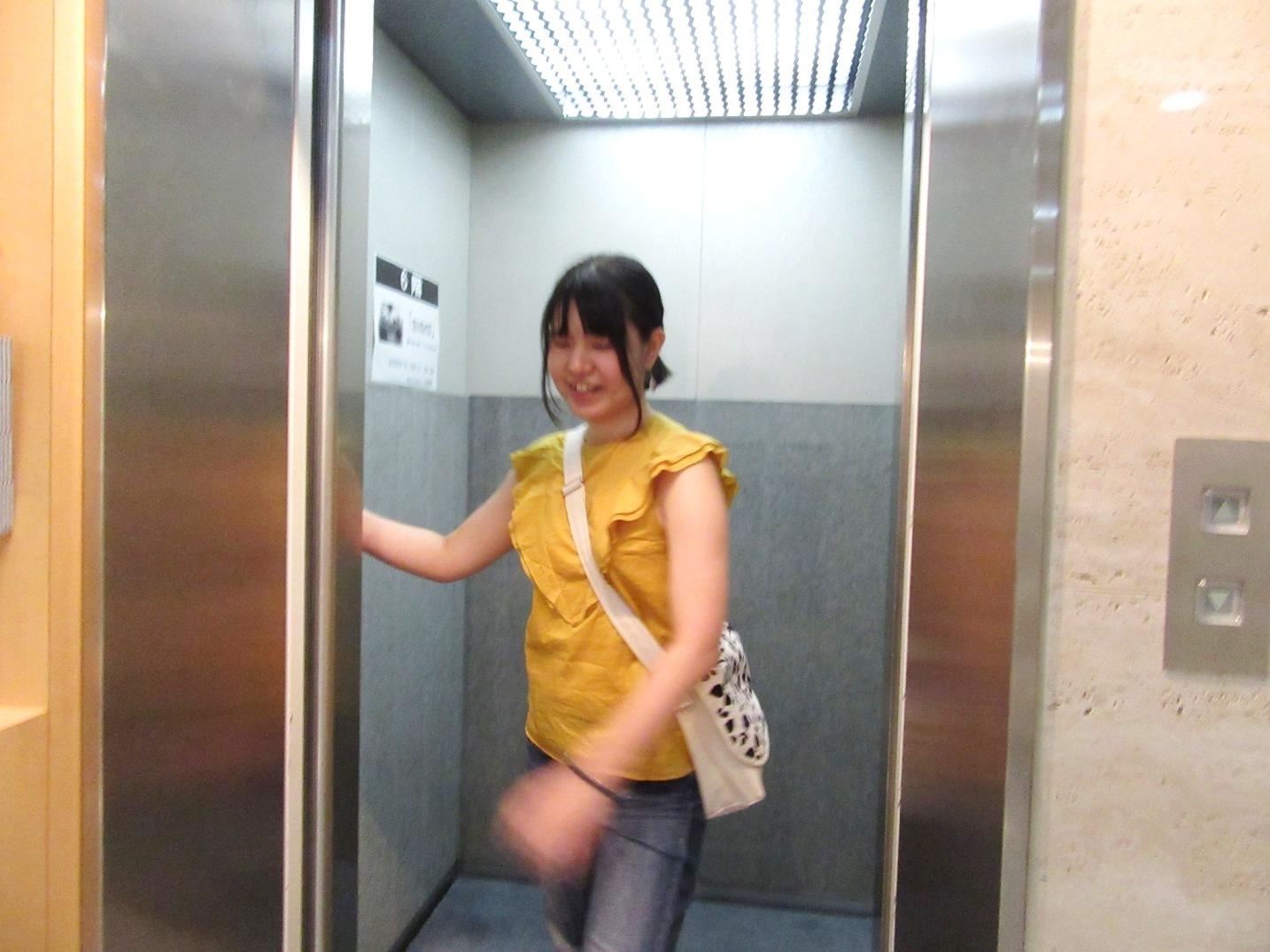 2570)③「『moment』 篠原 奈那子(藤女子大学4年)写真展」 アートスペース201 8月3日(木)~8月7日(火)_f0126829_11051363.jpg