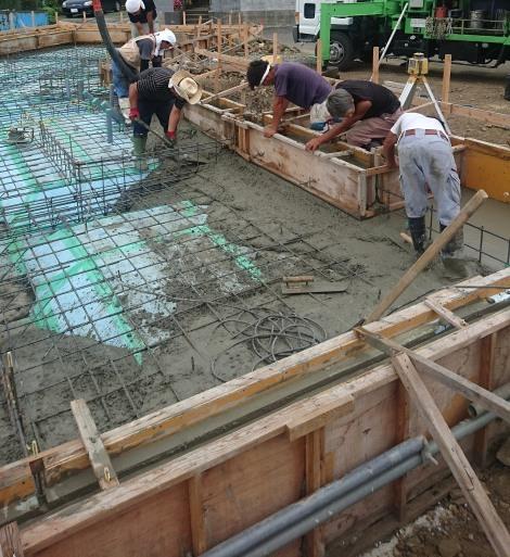 TCさんの家 基礎コンクリート打設 2017/8/7_a0039934_17514079.jpg