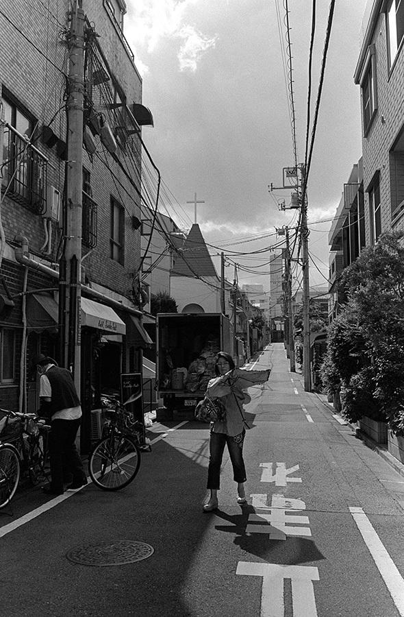 【21st Century Snapshotman 】35mm 2本勝負 ちょっとだけロモグラフィー 東中野ー中野ー新宿(2017 6/5)_c0035245_00213880.jpg