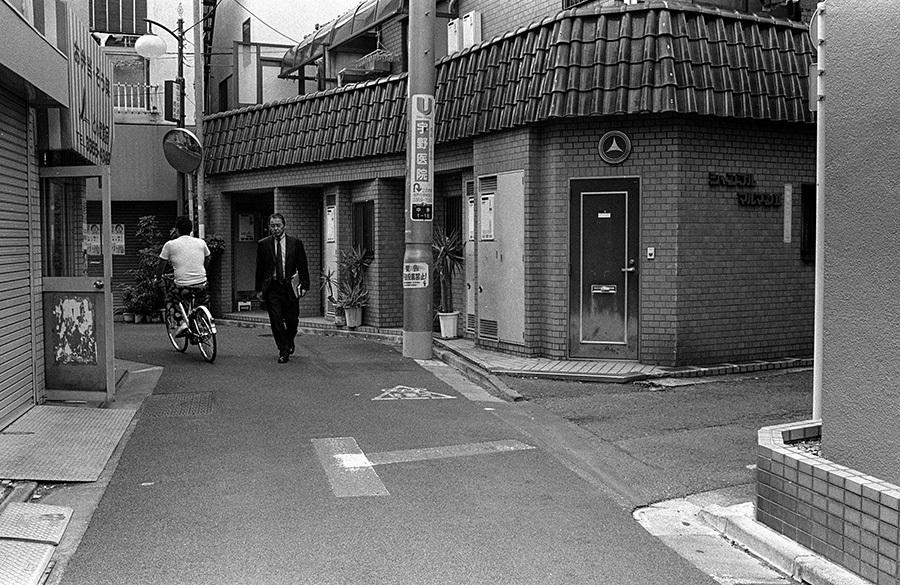 【21st Century Snapshotman 】35mm 2本勝負 ちょっとだけロモグラフィー 東中野ー中野ー新宿(2017 6/5)_c0035245_00450140.jpg