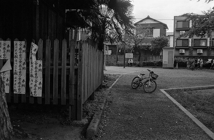 【21st Century Snapshotman 】35mm 2本勝負 ちょっとだけロモグラフィー 東中野ー中野ー新宿(2017 6/5)_c0035245_01145339.jpg