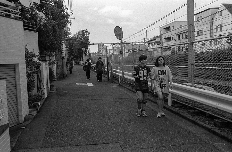 【21st Century Snapshotman 】35mm 2本勝負 ちょっとだけロモグラフィー 東中野ー中野ー新宿(2017 6/5)_c0035245_01181309.jpg