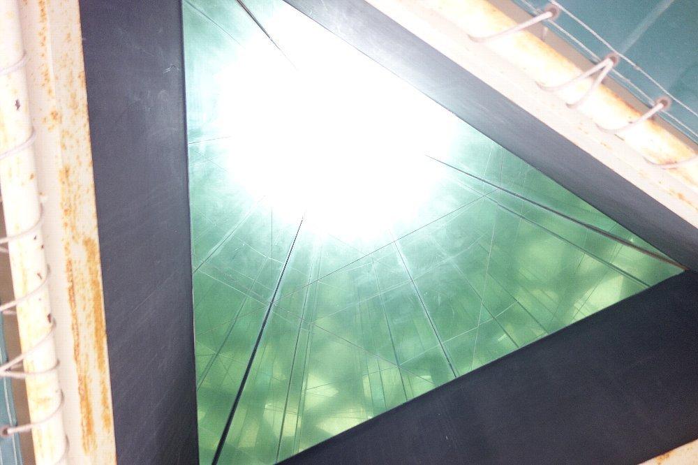 長浜市の日本一巨大な万華鏡_c0112559_08132367.jpg