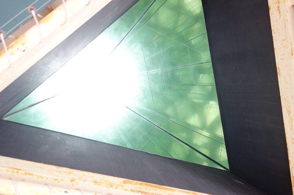 長浜市の日本一巨大な万華鏡_c0112559_08135228.jpg