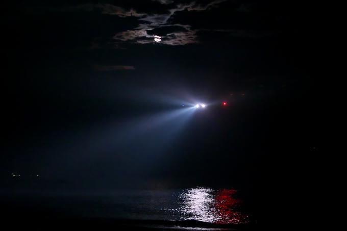 闇夜にJET またまた1/2 ANA_a0078341_22511300.jpg