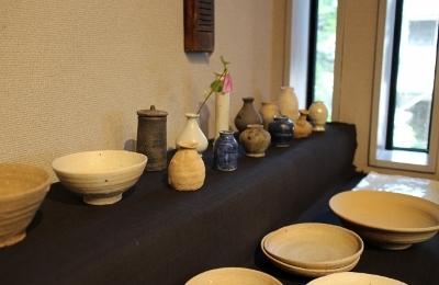 韓国古陶磁探求陶人展 開催しています_a0279848_15154911.jpg