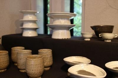 韓国古陶磁探求陶人展 開催しています_a0279848_15155359.jpg