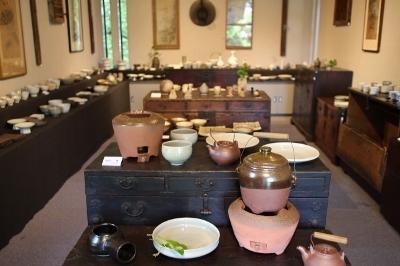 韓国古陶磁探求陶人展 開催しています_a0279848_15163595.jpg
