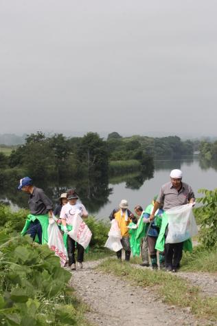 奥入瀬クリーン作戦で川の恵みに感謝_f0237658_16231451.jpg