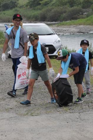 奥入瀬クリーン作戦で川の恵みに感謝_f0237658_16234026.jpg
