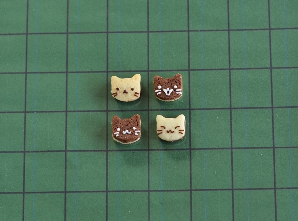 世界猫の日 猫オセロクッキー  Homemade Cat\'s Othello Cookies on International Cat Day_d0025294_13061534.jpg