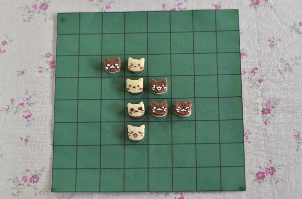 世界猫の日 猫オセロクッキー  Homemade Cat\'s Othello Cookies on International Cat Day_d0025294_13112848.jpg