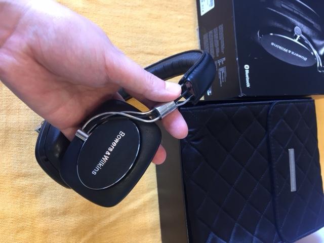 B&Wのヘッドフォン人気!P7ワイヤレス展示入荷!_c0113001_15275794.jpg