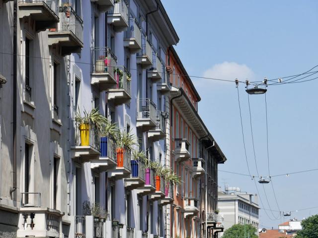 Naviglio a Milano 運河の残るナヴィリオ地区_d0262144_09345461.jpg