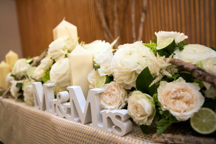 結婚式の前に妊娠したら、_e0120789_02005057.jpg