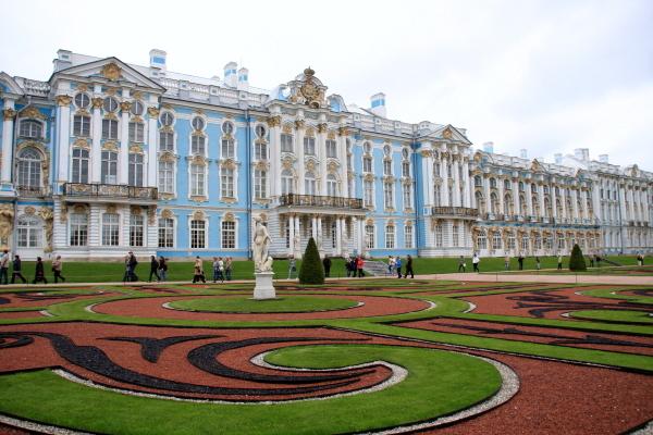 金箔と鏡の絢爛豪華な内装と建築様式が融和した最も美しい宮殿建築_a0113718_15241787.jpg