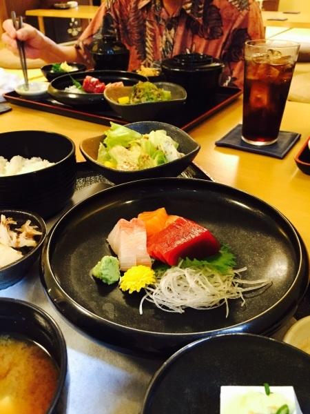 お魚Kitchenまるみ一周年記念おめでとうございます_a0103940_10012341.jpg