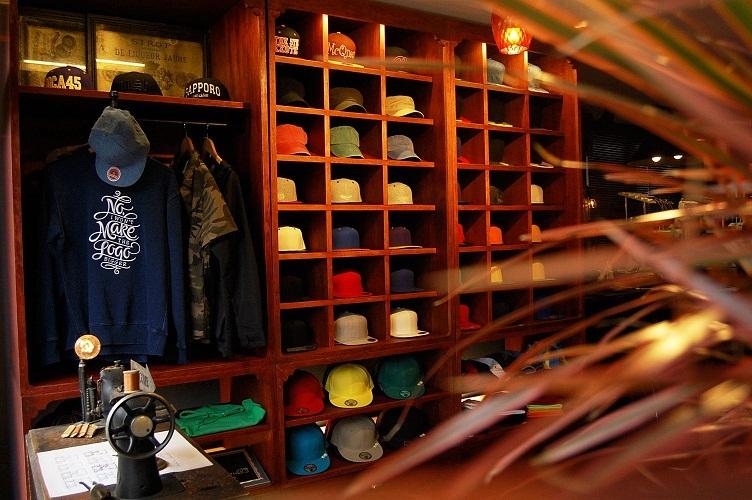刺繍屋McQueenお盆期間の営業日のお知らせ。_e0260759_19455562.jpg