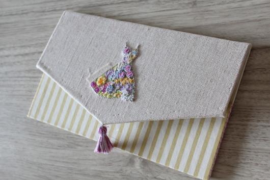刺繍 「花いっぱいのドレス」にチャレンジ!_c0141025_00052426.jpg