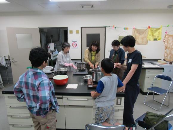 夏休み自然教室「草木染め」_f0354435_12552990.jpg