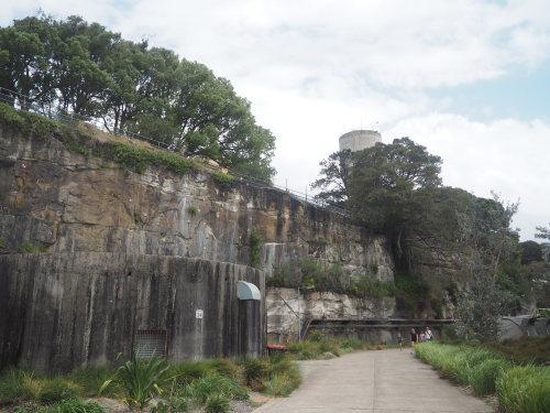 素敵な廃墟島。シドニーにある世界遺産、コカトゥー島_c0351060_21315790.jpg