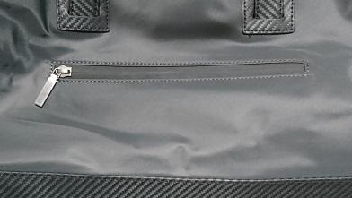ダンヒルのボストンバッグを買う 『ダンヒル』シャシースーパーライト(ボストンバッグ)_c0364960_20111608.jpg