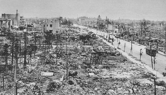 日本が無差別空襲に遭ったのは重慶爆撃の報復だった これは文句言えんな_b0163004_07252286.jpg