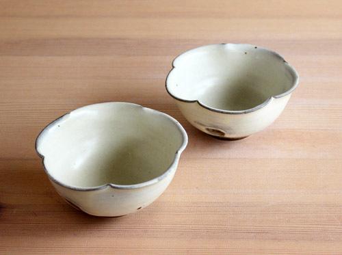 川口武亮さんの輪花小鉢が入荷しました。_a0026127_18502154.jpg