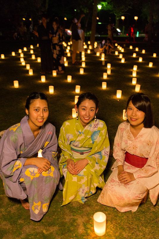 < 奈良の夏の風物詩、なら燈花会に今年も行ってきた >_c0183700_22364526.jpg