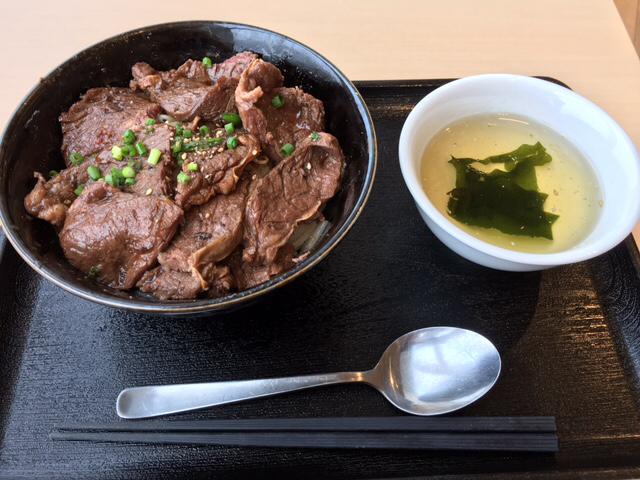 和牛焼肉丼_a0359239_03554819.jpg