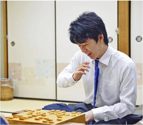 藤井四段36勝目は大先輩から、W&Sオープン_d0183174_09262841.jpg