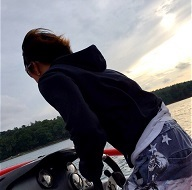 ボートに走らせてもかっこいいGACKTさん…汗_c0036138_23561617.jpg