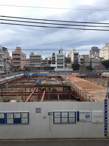 今しか見られない風景@京都市役所その2_d0245357_19132045.jpg