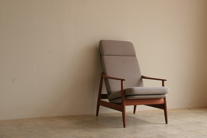 『H様邸へ Poul M.Volther High Back Chair(Teak)』_c0211307_11274768.jpg