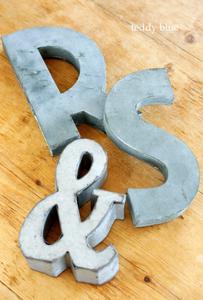 vintage metal alphabet sign ヴィンテージアルファベットサイン_e0253364_16595929.jpg