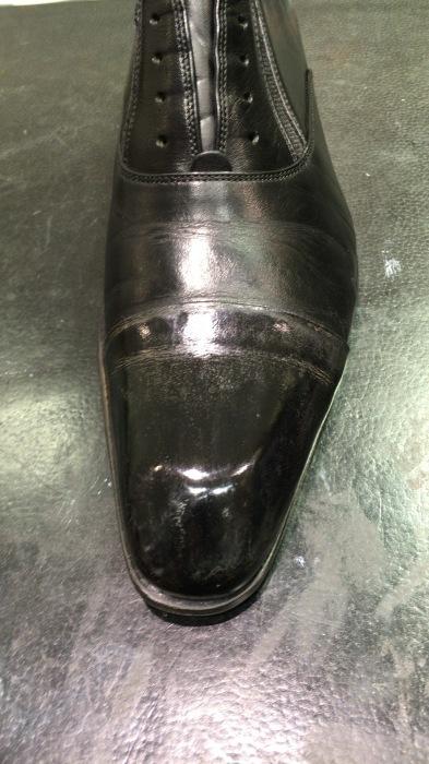 黒の革靴には何色のワックスを使っても大丈夫??_b0226322_11063663.jpg