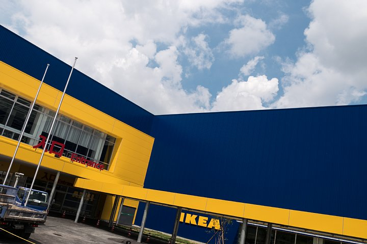 黄色と青はIKEAのしるし_d0353489_15465752.jpg