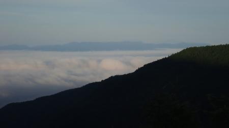雲海の朝_e0120896_07213187.jpg
