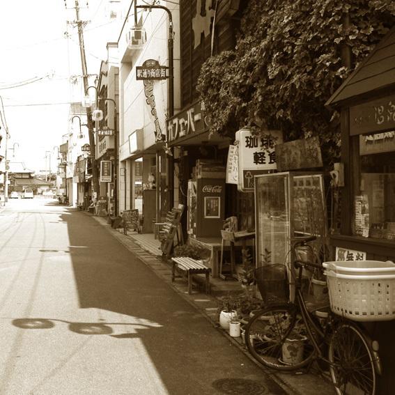 トタンに郷愁 by 昭和の町_a0329820_16501783.jpg