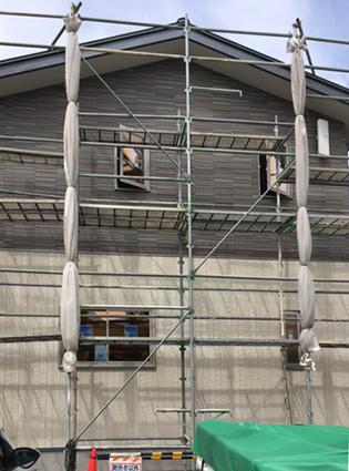松本市小屋北住宅 外壁が貼られました_e0180332_14572485.jpg