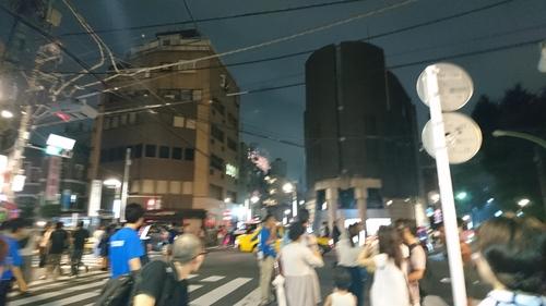 「花火大会過去最高!大入り!」_a0075684_1351585.jpg