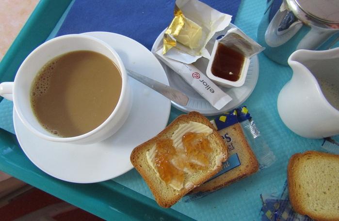 フランスの朝食_b0287748_237160.jpg