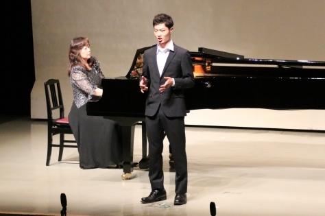 若手演奏家がさわやかな調べを奏でる「サマーフレッシュコンサート」開催_f0237658_11291272.jpg